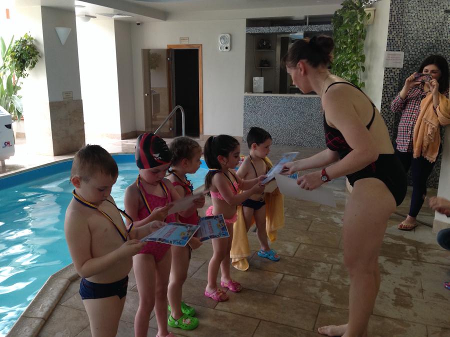 Занятия с детьми в бассейне клуб Смайлик (1)