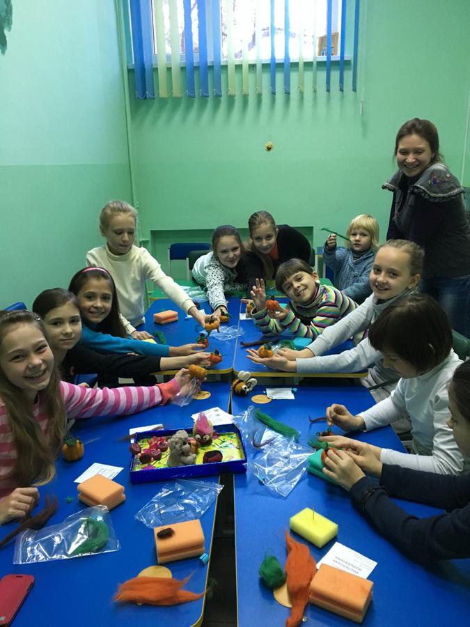 Валяние из шерсти занятия в детском клубе Смайлик (3)